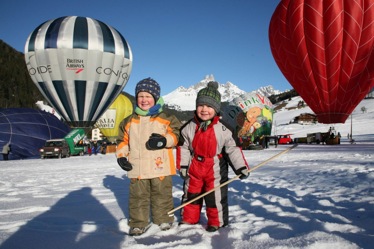 Ballon_Schnee_Kinder