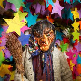 Wir haben gestern wieder einen Wunsch erfüllen dürfen! Und Moritz war als kleine Hexe mitten unter lauter wunderbargruseligen Perchten!