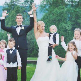Eine Braut erzählt von der Kinderbetreuung auf ihrem Fest